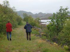 Prachtige oude weg op het eiland Stormolla