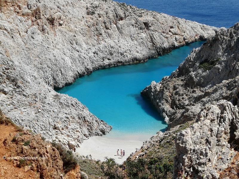 Seitan Limania bay (Stefanou beach) - the emerald waters of cape Akrotiri