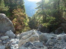 Samaria gorge in Crete_landscape