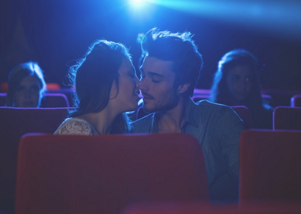 https://i2.wp.com/www.meetmindful.com/wp-content/uploads/2016/01/couple-kiss-intimacy-movies-movie-theater-date-first-kiss-passion-chemistry.jpg?ssl=1