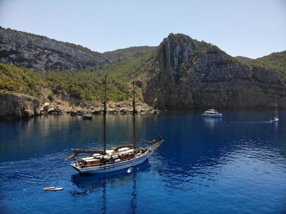 Meet the sea ibiza-Luxury Private charter