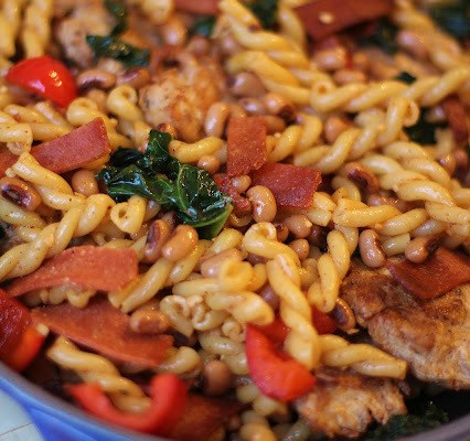 The Betty Crocker Project : Louisiana Vegan Chicken Skillet Dinner