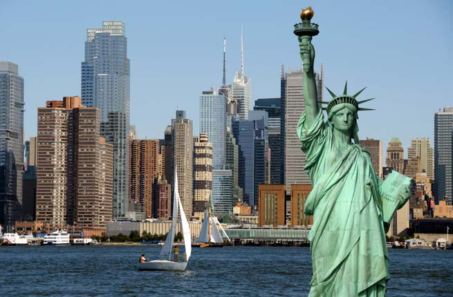 new york cityscape, tourism concept photograph; Shutterstock ID 57571171; Project/Title: Fodors.com Slideshow; Destination: New York; Downloader: Jessica Parkhill