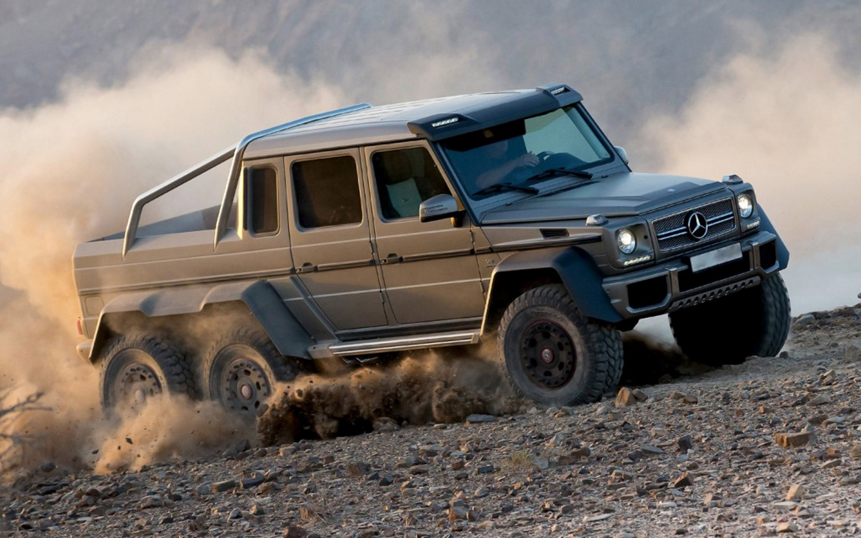 Mercedes g63 amg 6x6 mega for Mercedes benz g 63
