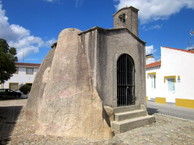 Výsledek obrázku pro Dolmen São Dinis Anta