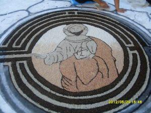 """L'opera """"Il Cristo nel labirinto"""" realizzata da Echi di un tempo"""