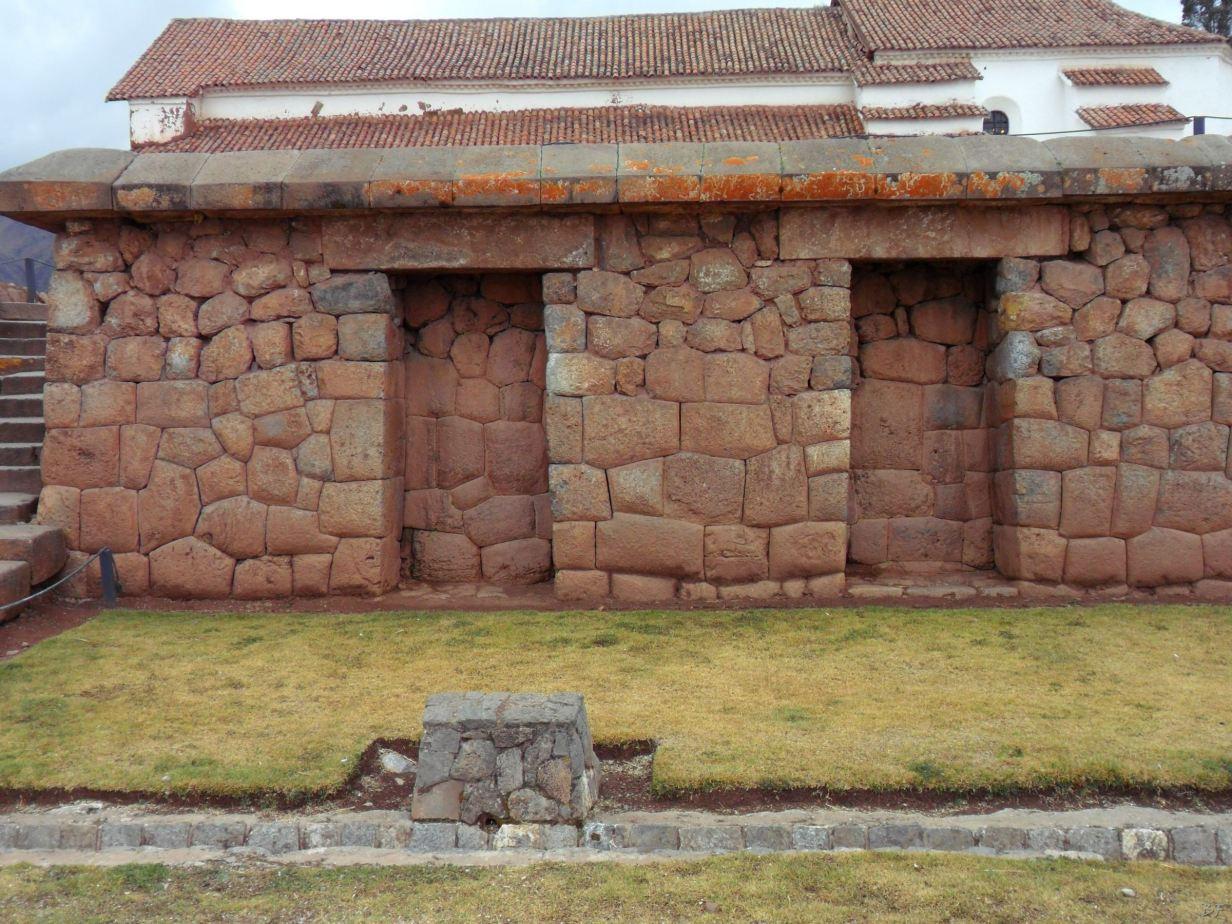 Chinchero Mura Poligonali Piramide Urubamba Peru 19