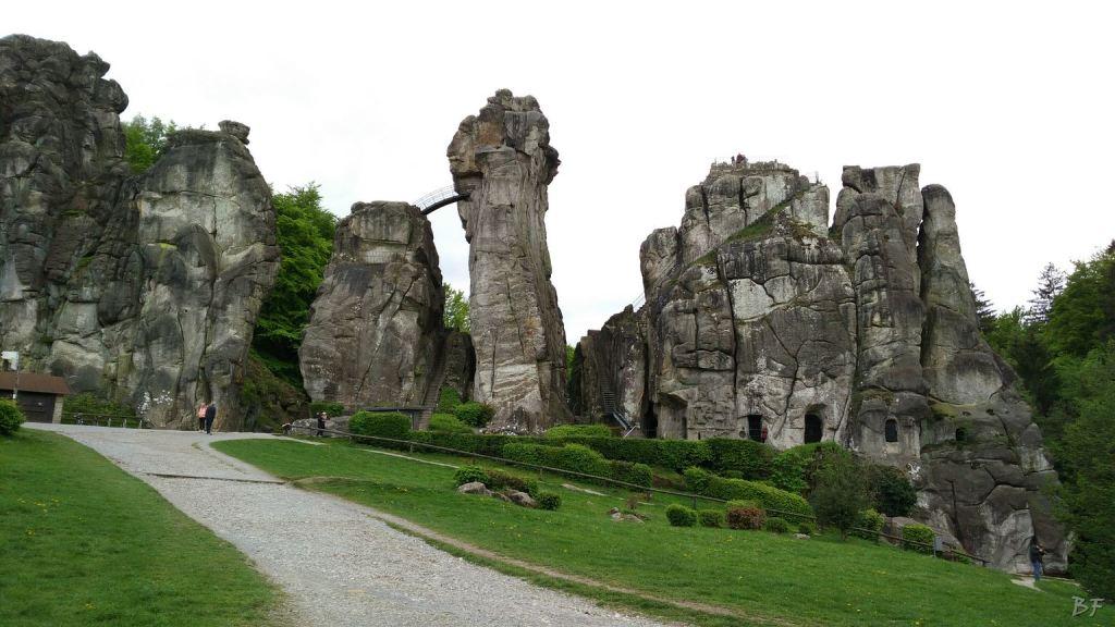Externsteine Insediamento Rupestre Megaliti Nord Renania Vestfalia Germania 44