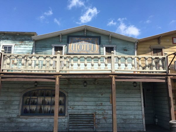 Ghost Town Alive review at Knott's Berry Farm