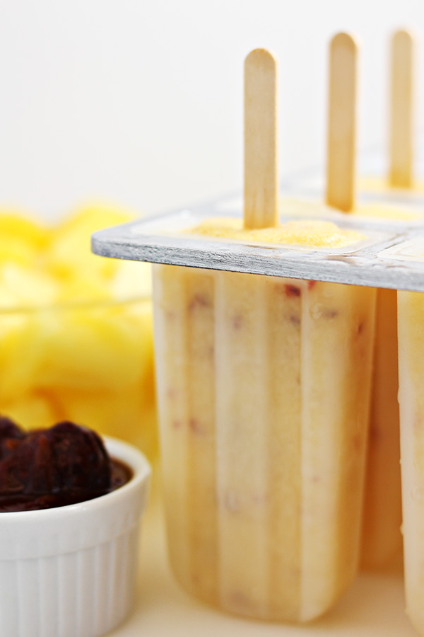 Pineapple Chipotle Popsicles | Easy Summer Desserts - 5 recipes to satisfy your summer sweet tooth! Bonus: Most are no-bake and can be taken with you to any summer occasion! | #summerdesserts #easydesserts #nobakedesserts
