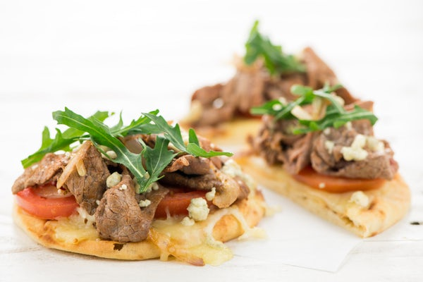 Home Chef offers 15 Minute Meals that are easy to prep and cook. The Steak and Blue Cheese Flatbreads were excellent and a Home Chef Favorite Meal!