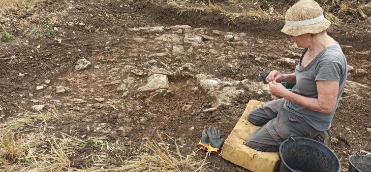 Revue de presse : Charmé : les archéologues sondent un nouveau site