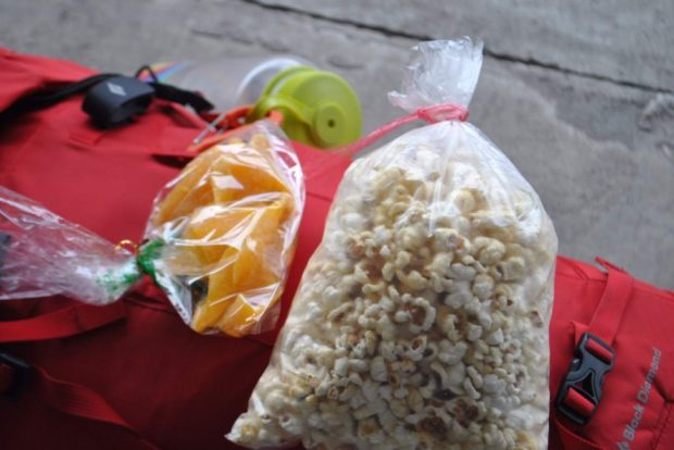 snacks for a train ride in Taiwan, dried mangos and popcorn