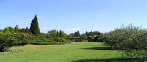 France-villa garden