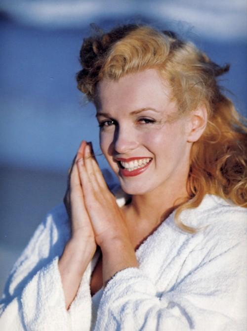 Marilyn by Andre de Dienes in August 1949.