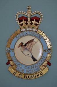 RCAF Squadron425 Je Te Plumerai
