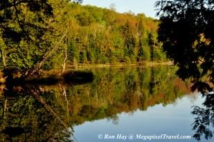 RON_3222-Lake-shot-reflecti