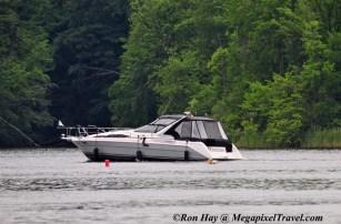 RON_3834-Fancy-boat