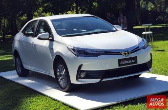 El Toyota Corolla 2017 llegó al mercado argentino