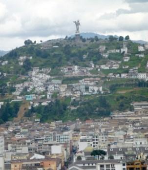 02-QuitoBasilica07