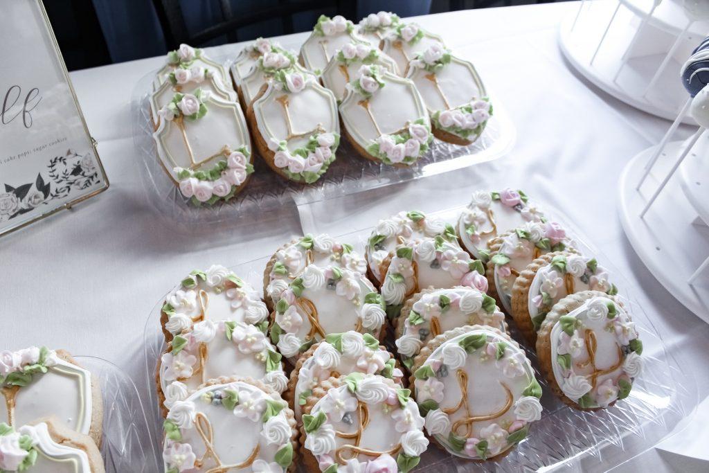 monogram bridal shower cookies