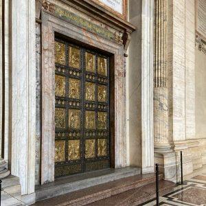 Porta Santa Basilica San Pietro Roma