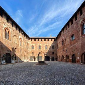 Il cortile del Castello Bolognini