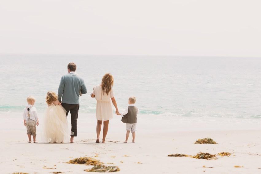 Wallace Family; Laguana Beach; family fun; five kids; One Glass Slipper; family of 7; beach play; ocean watching