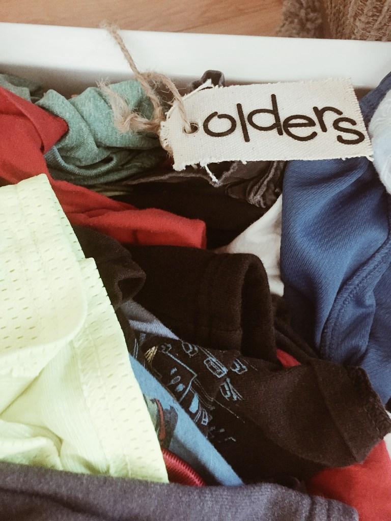 olders laundry bin