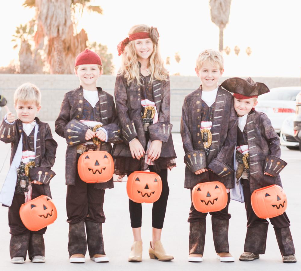 halloween roundup   meg marie Wallace   2017   costumes
