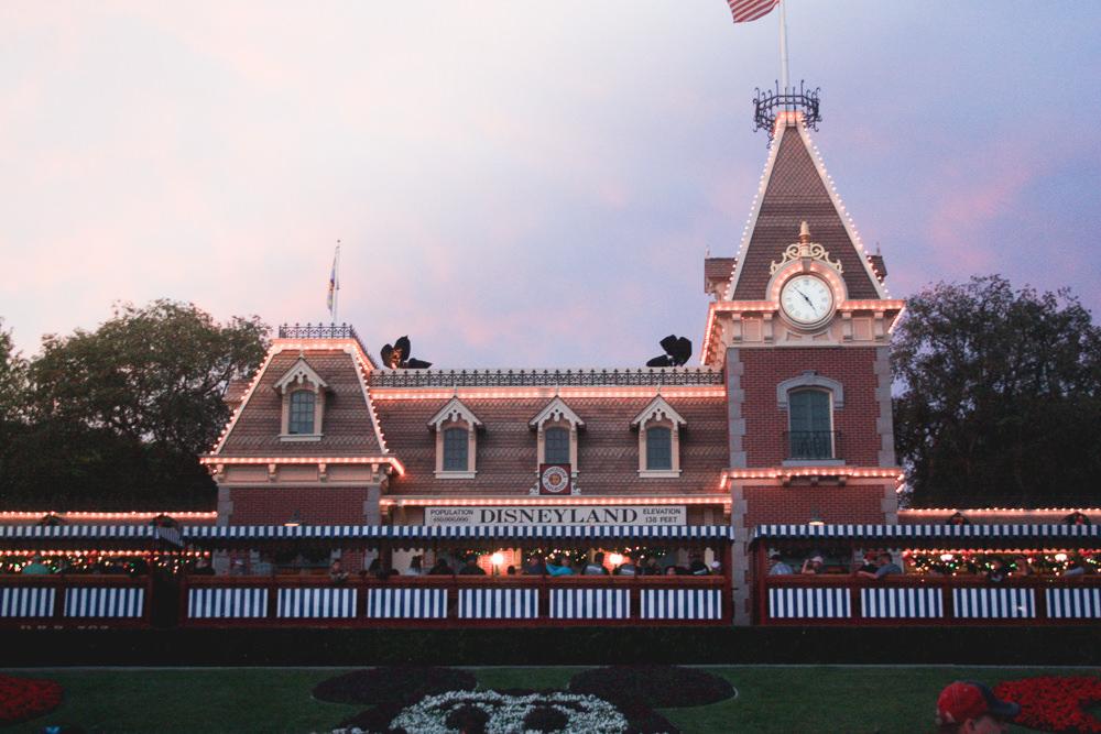 best insider Disney tips/tricks |help for planning your trip to Disney | Meg Marie Wallace | California Adventure | Radiator Springs