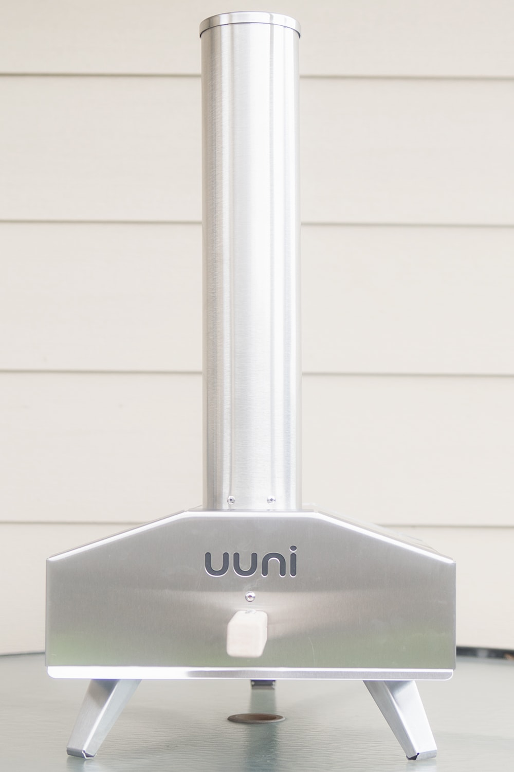 Uuni Wood Fired Pizza oven - a fun Father's Day gift idea - by lifestyle blogger Meg O. on the Go