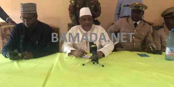 soumeylou-boubeye-maiga-premier-ministre-malien-toguere-coumbe-mopti-armee-soldat-fama-militaire-centre-nord-visite