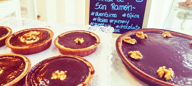 No puedes irte de Boiro sin probar la tarta de San Ramón!