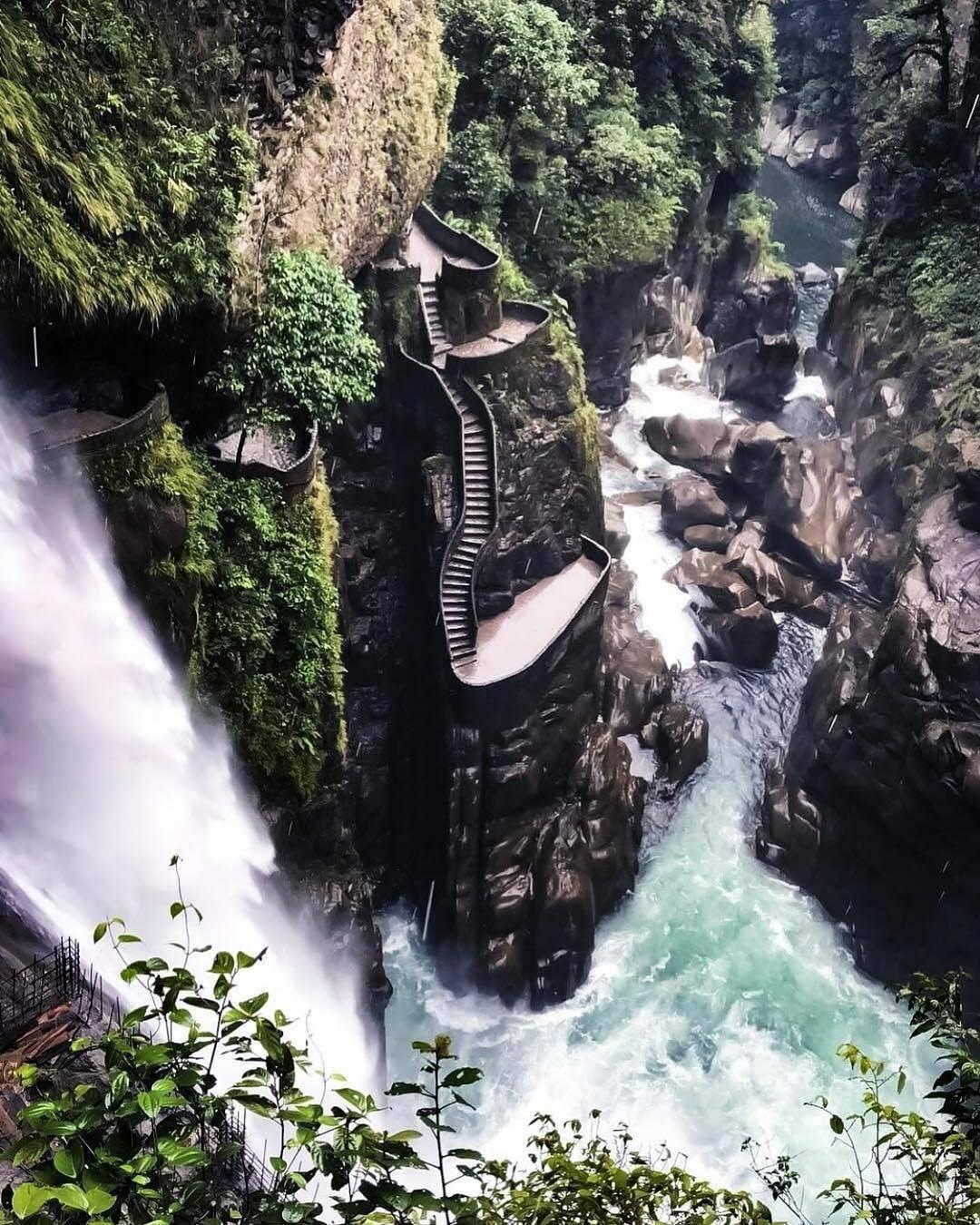 Todo lo que debes saber para llegar al Pailón del diablo en Ecuador - Me Hace feliz   Me Hace feliz