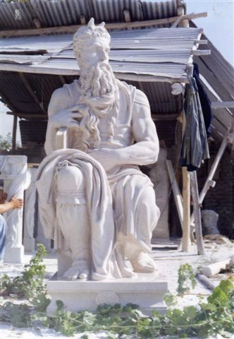 Michelangelo's Moses Kabul