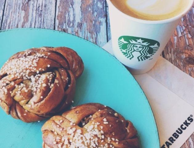棕榈泉奥特莱斯附近吃饭 Starbucks 星巴克