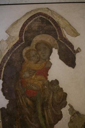 CASTELVECCHIO内部的壁画