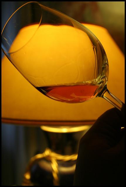 玛莎拉干葡萄酒,LUDO拍摄