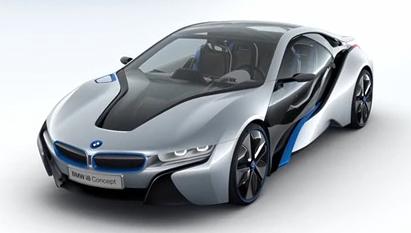 Das Plug-In Hybridauto BMW i8 ist für sportliche Fahrweisen laut BMW sehr gut geeignet, gleichzeitig soll der Verbrauch bei 3 Litern liegen. Bildquelle: BMW