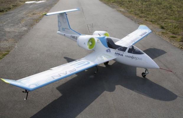 Das Elektroflugzeug E-Fan kann bis zu einer Stunde lang am Stück fliegen. Bildquelle: Airbus Group