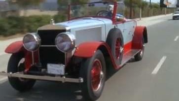Dieses Auto wird mit Wasserdampf angetrieben. Bildquelle: Jay Leno / Youtube