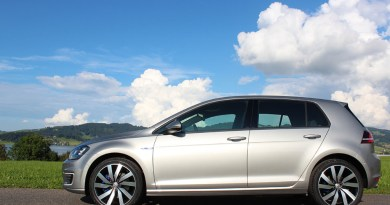 Plug-In Hybridauto VW Golf GTE links