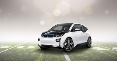 Im Finale des Super Bowl XLIX wird man das Elektroauto BMW i3 sehen. Bildquelle: BMW AG