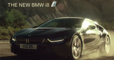 Kuriose Werbung für das Plug-In Hybridauto BMW i8. Bildquelle: Screenshot Youtube.com, Kanal: BMW UK