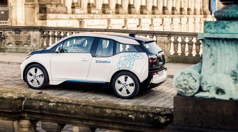 Mit dem BMW i3 bietet DriveNow in Berlin, Hamburg, München und London zudem eine rein elektrische Mobilitätslösung, die künftig auch in weiteren Städten ausgebaut wird. DriveNow gibt es derzeit in München, Berlin, Düsseldorf, Köln, Hamburg, Wien und London sowie in den USA in San Francisco. Bildquelle: DriveNow/BMW Group/Sixt