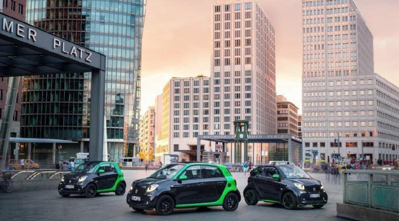 In Zukunft soll es jedes Auto von Smart wahlweise mit einem Verbrennungs- oder Elektromotor geben, inkl. Kaufprämie wird man das Elektroauto smart Electric Drive für unter 19.000 Euro kaufen können. Bildquelle: Daimler/Smart