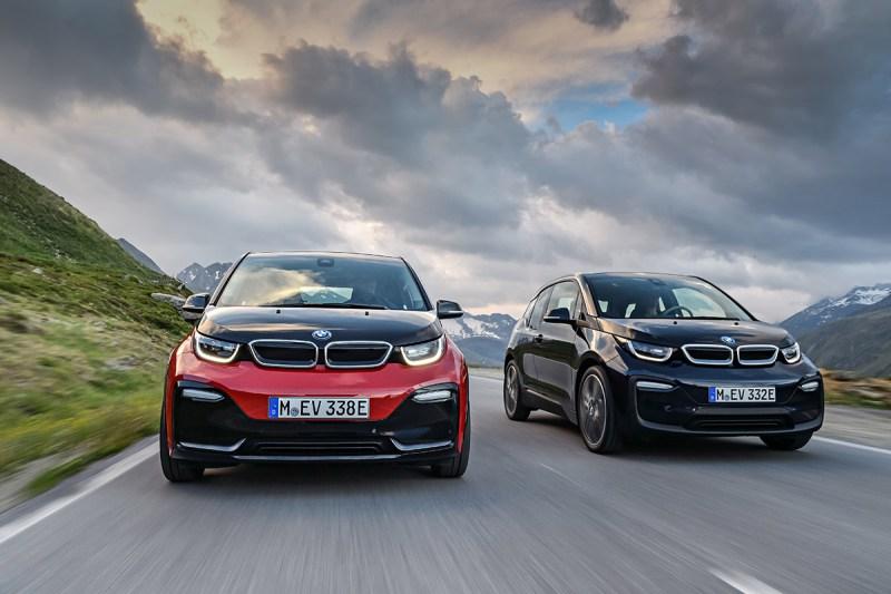 Elektroauto BMW i3s und BMW i3 2018 (rechts). Bildquelle: BMW