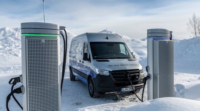 Wintererprobung des Elektroauto Mercedes-Benz eSprinter in Schweden. Winter trials Mercedes-Benz eSprinter in Sweden. Bildquelle: Mercedes-Benz / Daimler