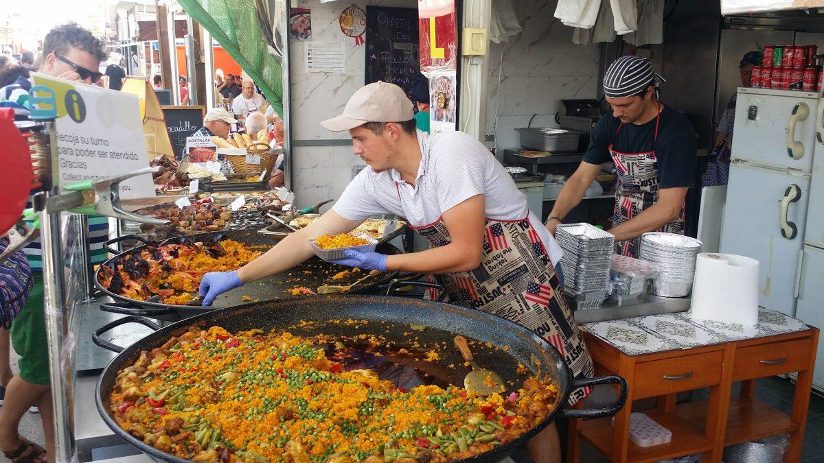 Sonntags zum Markt 'Limonenmarkt' in Guardamar